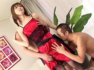 Erikoinen Japaniilainen Slut Rika Sakurai saa takaa ja sormenjäljet