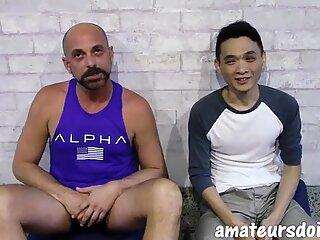 AmateursDoit - Young Asiatisk Fucked Kondffri af Daddy & # 039_s Pik