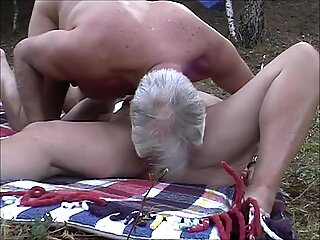 MODEN PAR FUCK IN SKOV