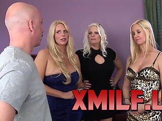 Wankz- Platinum Blond Trio di Cougars di Xmilf.us