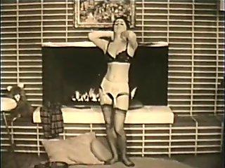 Strippailut room striptease