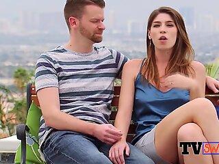 Nye swingerpar indleder et erotisk eventyr. nye episoder af tvswing.com tilgængelige nu!