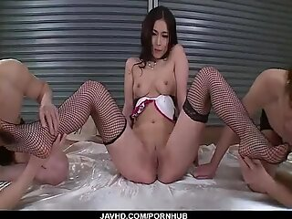 Sera Ichijo, brunette Asian, swallows after naughty trio