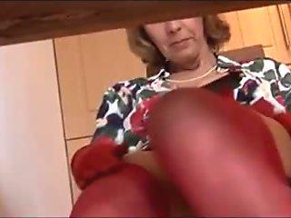 lady flashing pussy