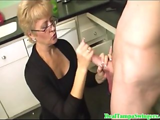 Beautiful Blonde Natural Pussy Gives hand