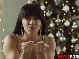 Stupenda Latina Milf Leila Larocco è eccitato per il conto alla rovescia dei nuovi anni e lo celebò iniziando un sesso hardcore caldo.